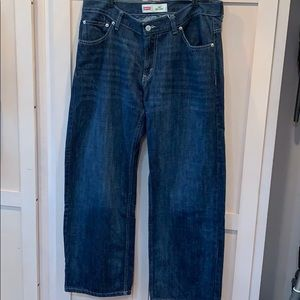 Levi's 550 relaxed 34/28 dark wash